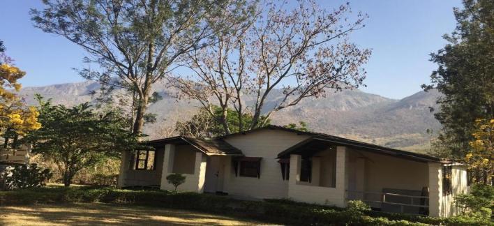 The Monarch Safari Park Property View