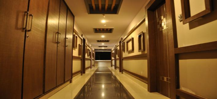 Madhura Inn Ac Property View